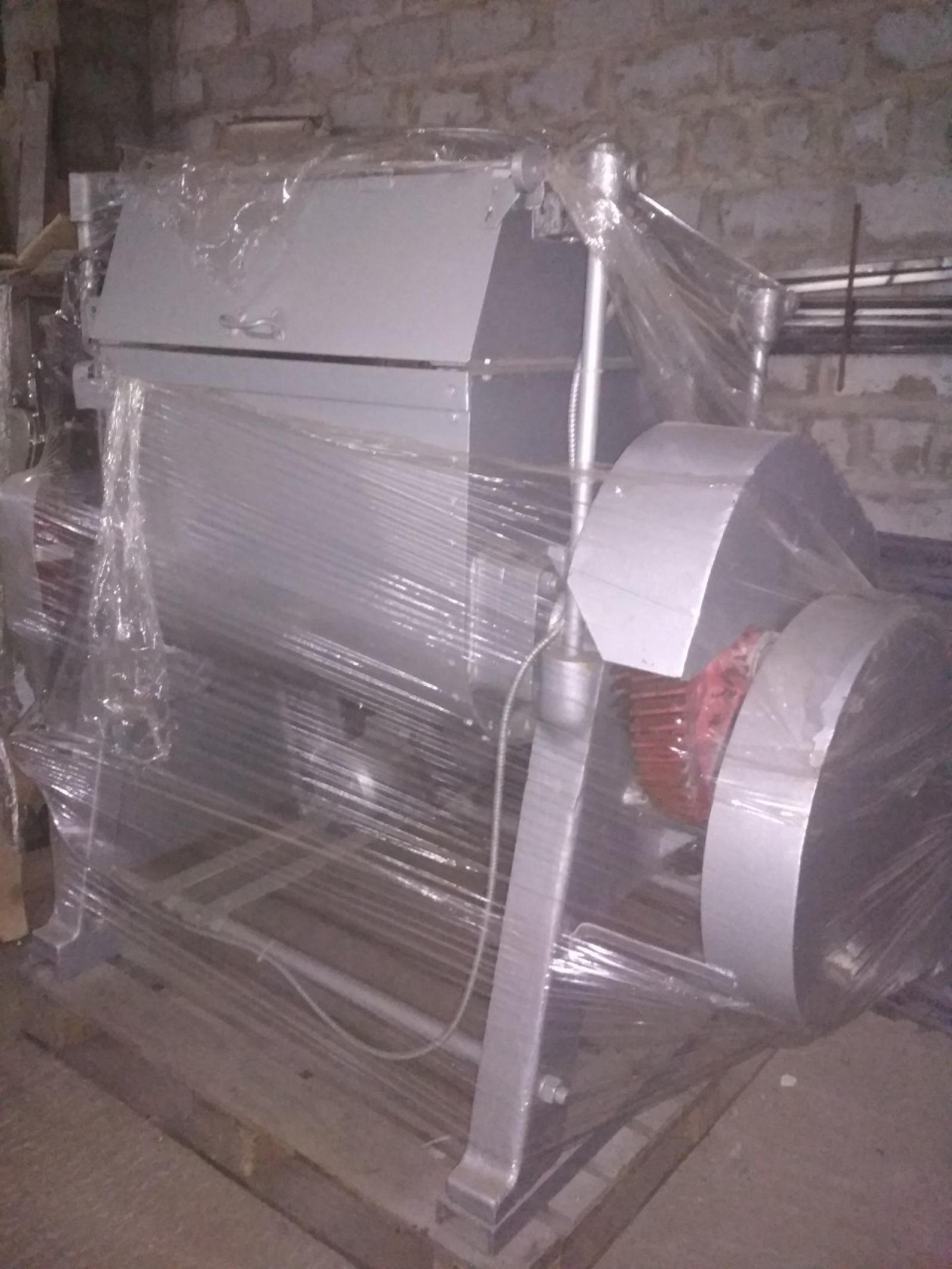 Тестомес для крутого теста ТМ-63 (z-лопасть) 200 л