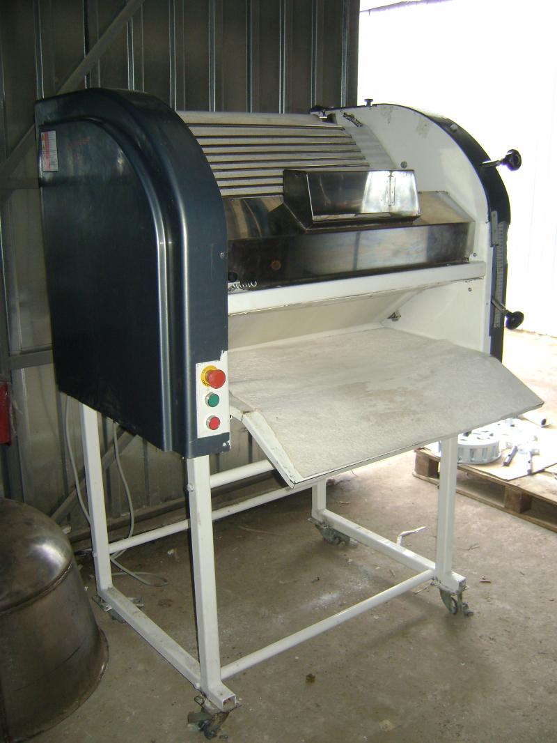 Багетоформущая машина FRB 700Т Fiorini Forni (Италия)