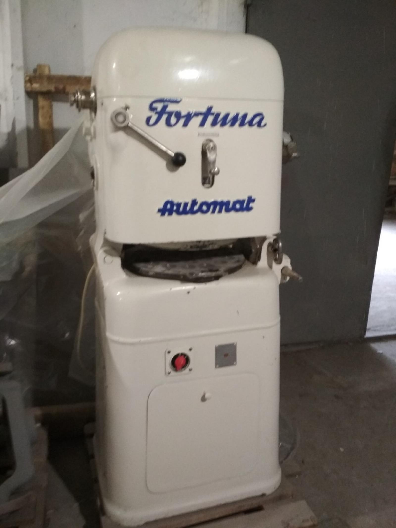 Тестоделитель - округлитель Fortuna автомат, Германия
