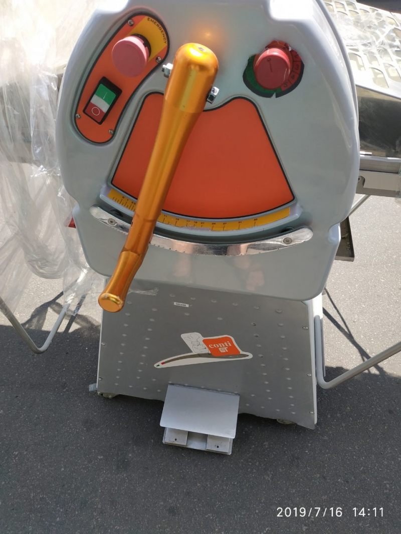 Тестораскаточная машина Conti SF600-1500ev Италия