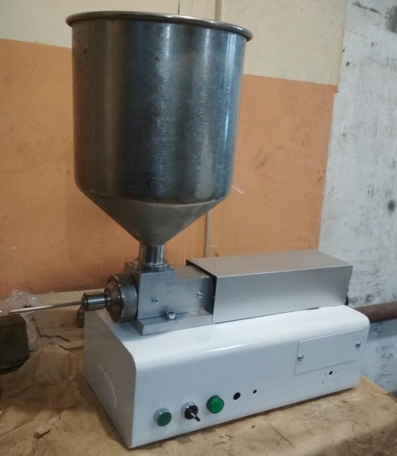 Дозатор наполнитель поршневый Gami R260, Италия